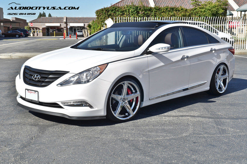 2013 Hyundai Sonata Limited On 20 Quot Lexani R Four Chrome