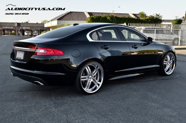 2012 Jaguar XFR &#8211; Supercharged on 22&#8243; XIX X 15 Silver machine chrome lip <-------Must See------>