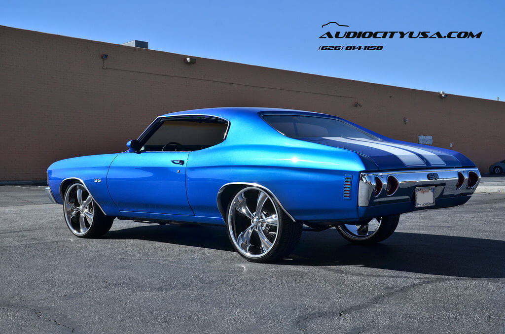 1972 Chevy Chevelle SS on 22\