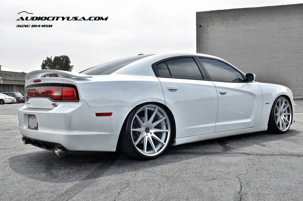 Stanced 2013 Dodge Charger Rt On 22 Quot Rohana Wheels Rc 10