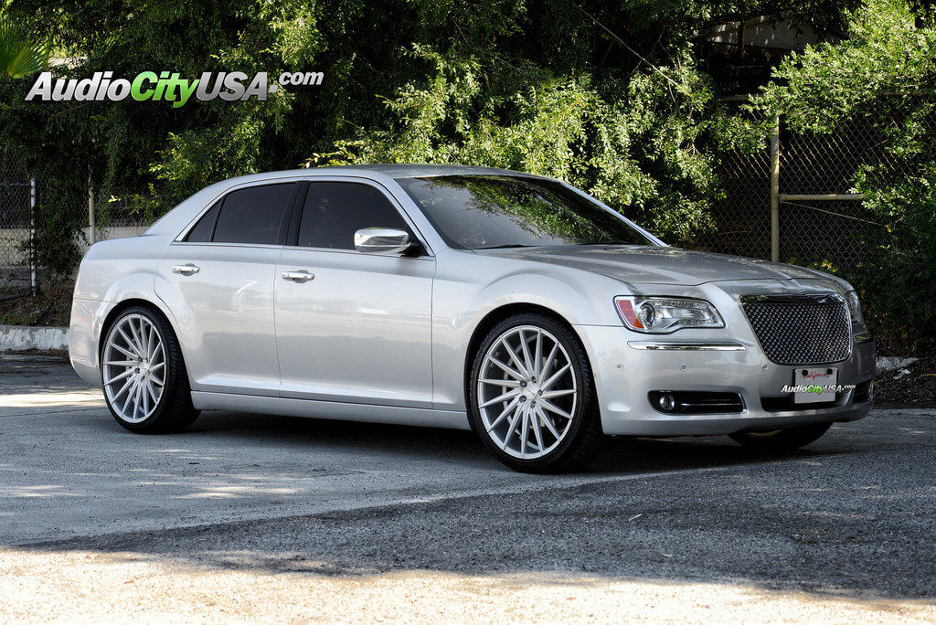 2013 Chrysler 300 C On 22 Quot Varro Wheels Vd 15 Brush Silver
