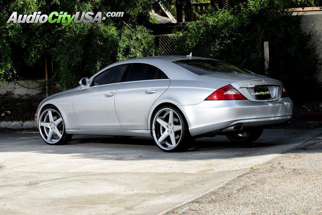 2007 mercedes benz cls 550 on 22 azad wheels a0008 silver for Mercedes benz staggered wheels