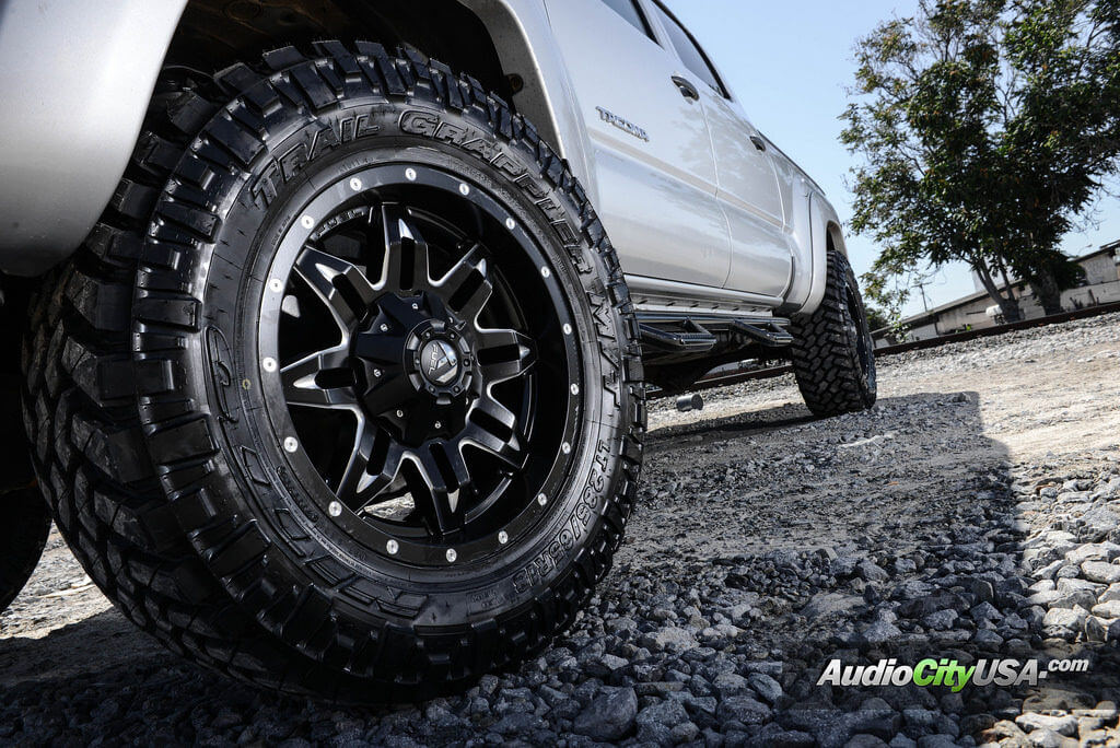 "Nitto Grappler Mt >> Toyota Tacoma TRD | 18"" Fuel Wheels Lethal D567 
