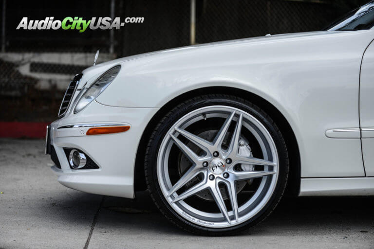 2009 Mercedes Benz E 350 | 20″ Blaque Diamond Wheels BD8 silver machine | AudioCityUsa