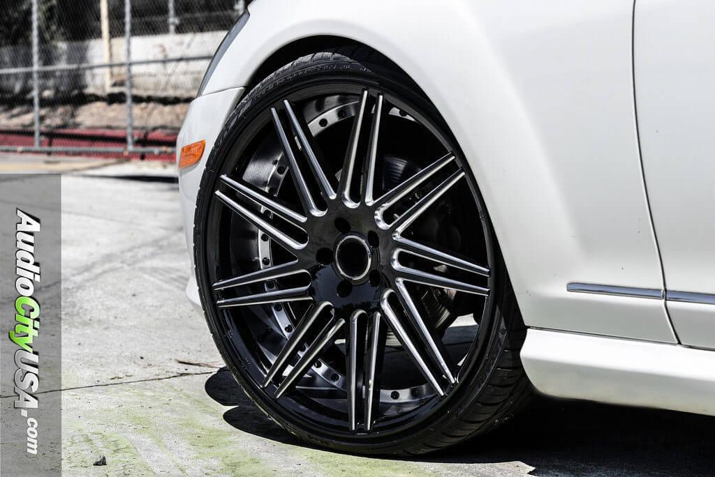 2_mercedes_benz_s550_22_road_force_wheels_rf11_glossy_black_audiocityusa-1024x684