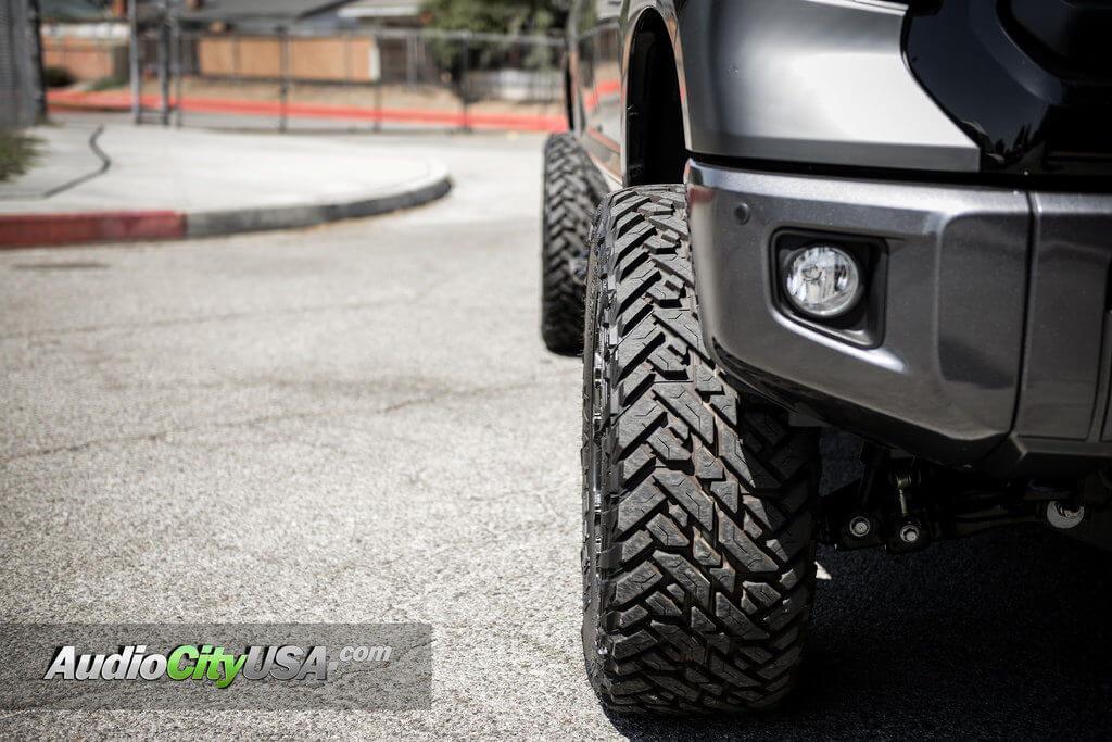 4_2015_toyota_tundra_20_fuel_wheels_vapor_d560_offroad_audiocityusa