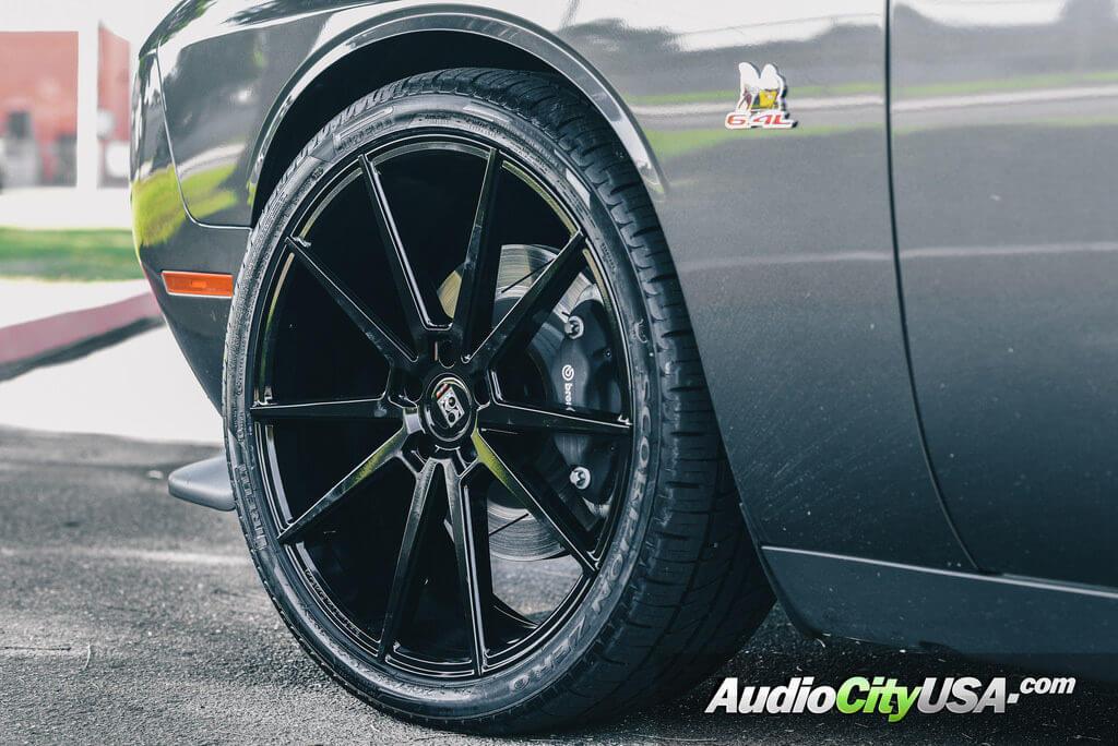 3_dodge_challenger_scatpack_22_koko_kuture_lemans_bk_giovanna_wheels_audiocityusa