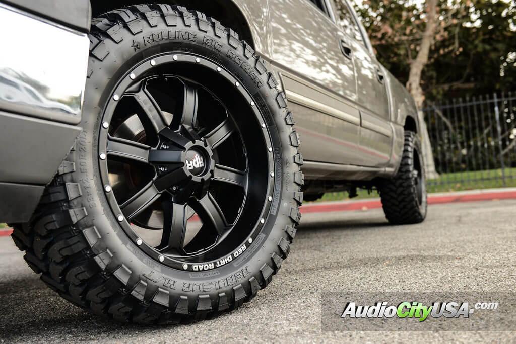 20_rdr_wheels_rims_rd01_matte_black_chevy_silverado_offroad_audiocityusa