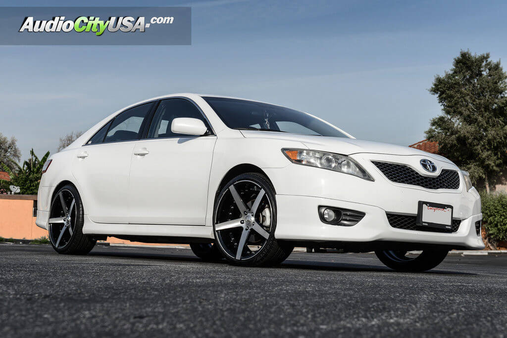 2_20_marquee_3226_brush_silver_toyota_camry_audiocityusa