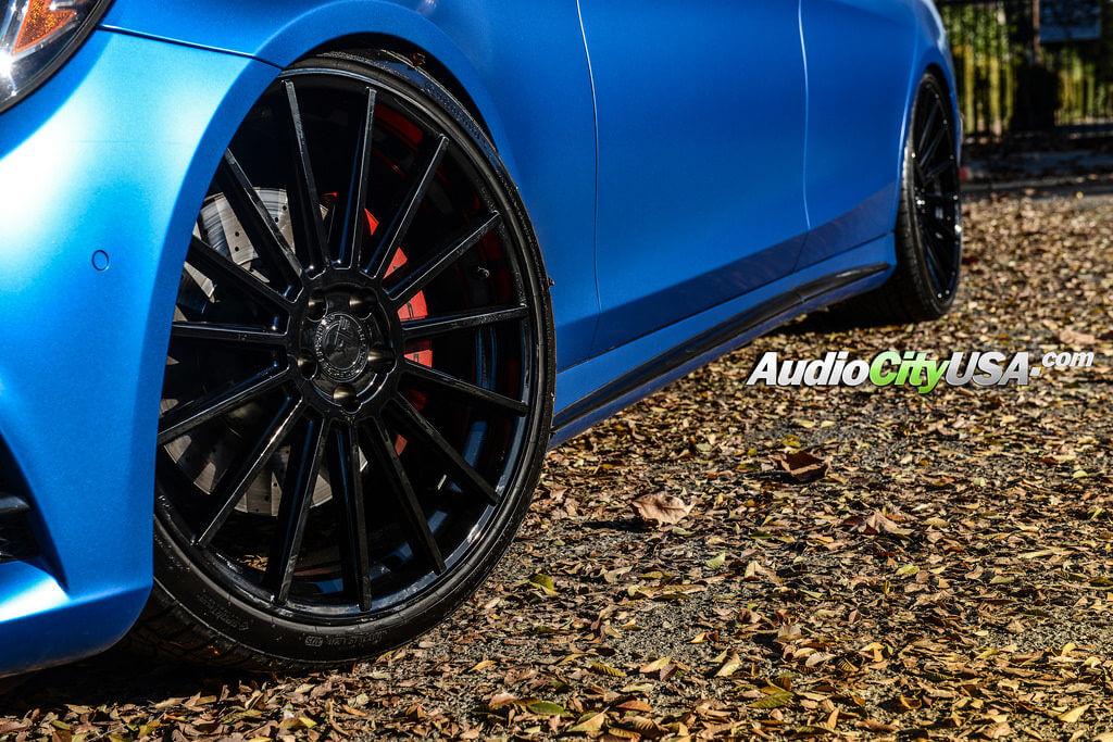 2_mercedes_benz_s550_22_road_force_wheels_rf15_gloss_black_audiocityusa