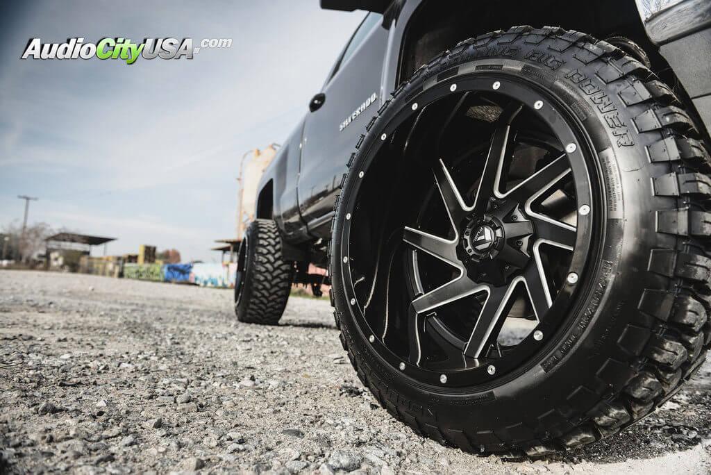 8_fuel_renegade_wheels_black_d265_2016_chevy_silverado_1500_audiocityusa