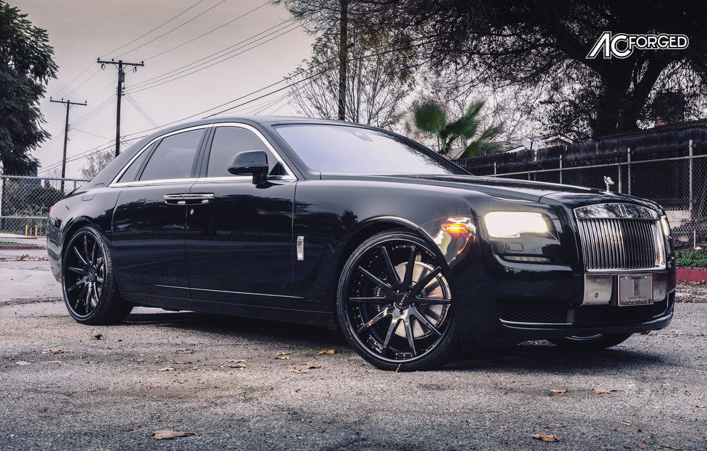 rolls royce phantom white with black rims. ac forged wheels for performance and style rolls royce phantom white with black rims