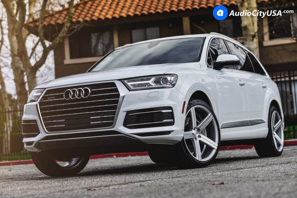 1_2017_Audi_Q7_22_Varro_Wheels_VD05_Rims_brush_silver_AudioCityUsa