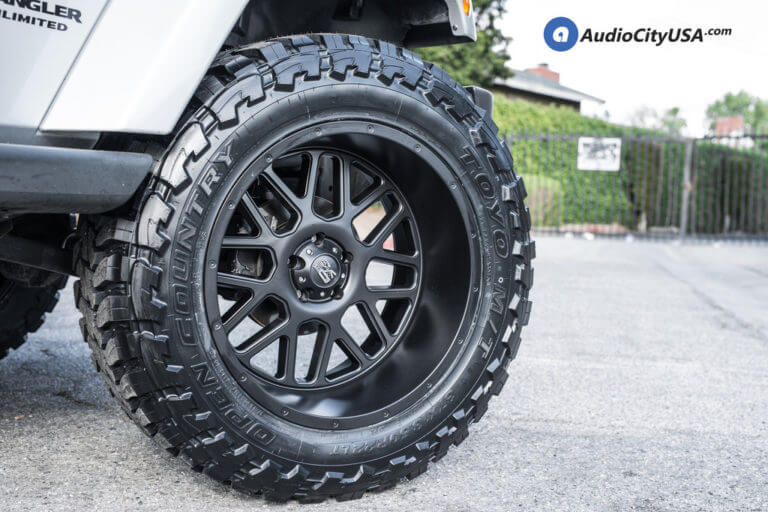 2015 Jeep Wrangler JK | 22″ XD Wheels XD 820 Grenade Rims | 4″ Pro Comp Lift Kit | Toyo Open Country MT | AudioCityUSA