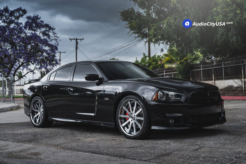 1_2013_Dodge_Charger_srt-8_22_Donz_Forged_Wheels_Siegel_Brush_Face_Polish