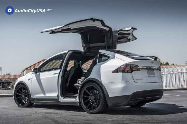 2017 Tesla Model X | 22″ Blaque Diamond Wheels BD-11 Gloss Black Rims | Toyo Tires Proxes ST2 | AudioCityUSA