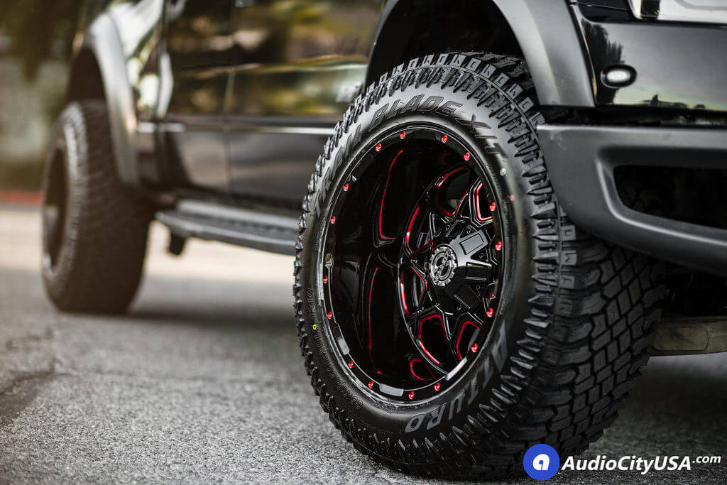 """20"""" Scorpion Wheels SC-10 Gloss Black with Red Milled Rims"""