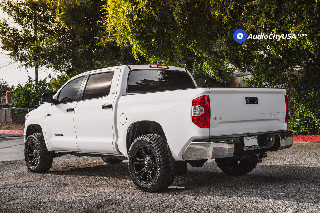 2_Toyota_Tundra_SR5_20_Fuel_Wheels_RIMS_Vapor_d560_black_AudioCItyUsa