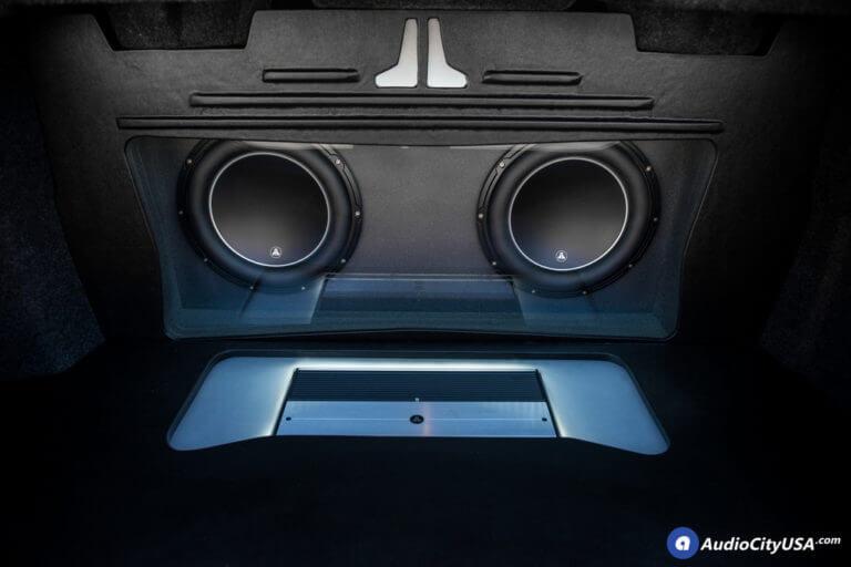 (2) 12″ JL Audio W6 V3 1200 Watts   JL Audio XD1000/1v2   Custom Bandpass Box   AudioCityUSA