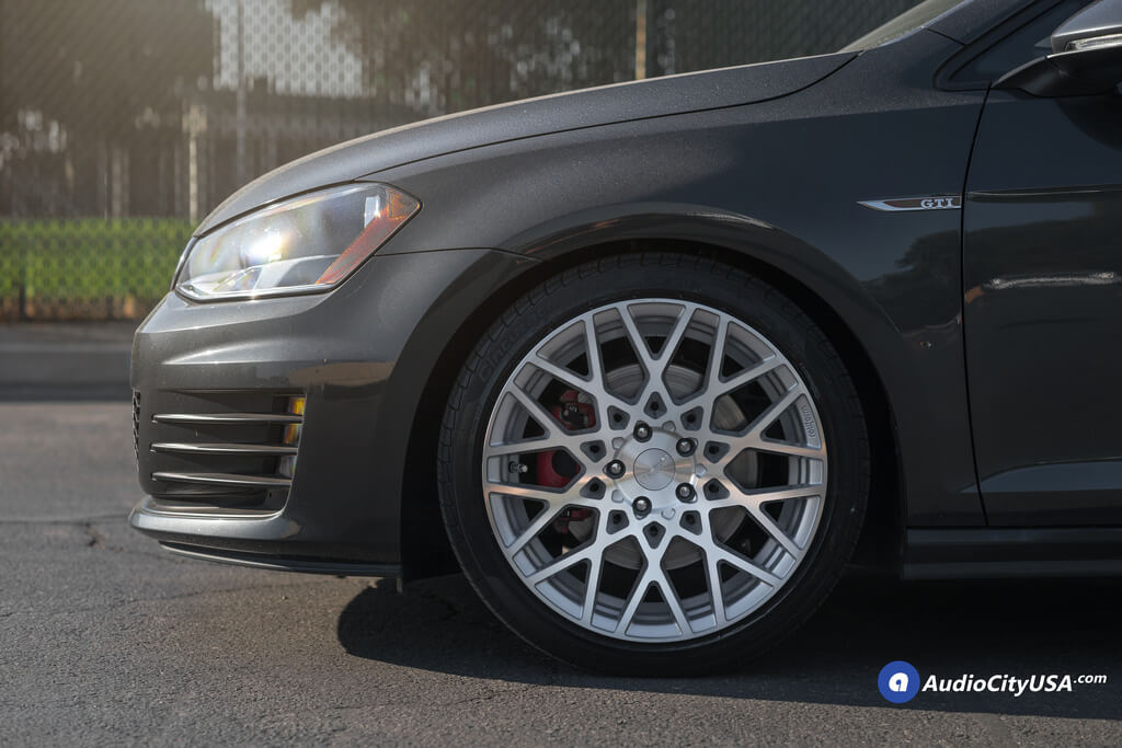 rotiform wheels blq silver machined rims    pirelli tires  volkswagen golf