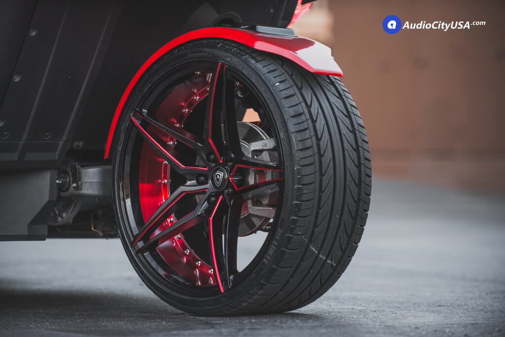 """20/22"""" Staggered Marquee Wheels"""