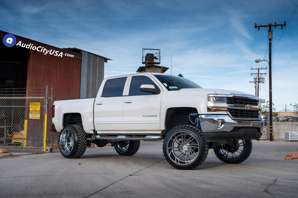 24 Hostile Wheels Stryker Off Road Rims King Shocks Coilover