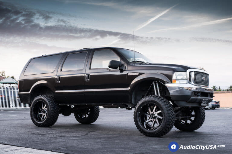 22″ Full Throttle Wheels FT-1 Black Machined Rims | 37×13.5×22 RBP MT Tires | 2002 Ford Excursion