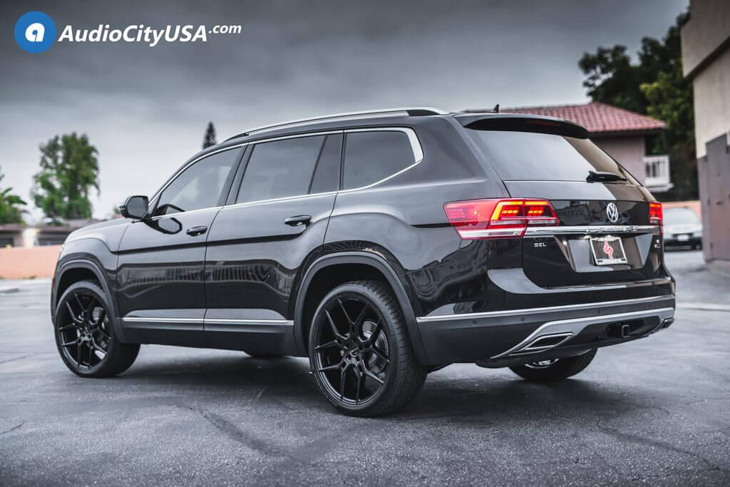22 Giovanna Wheels Haleb Gloss Black Rims 285 35 22 Nitto Tires 2018 Volkswagen Atlas Blg062618 Blogblog