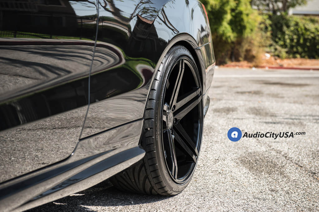 "20"" Staggered Verde Wheels V39 Parallax Gloss Black Rims"
