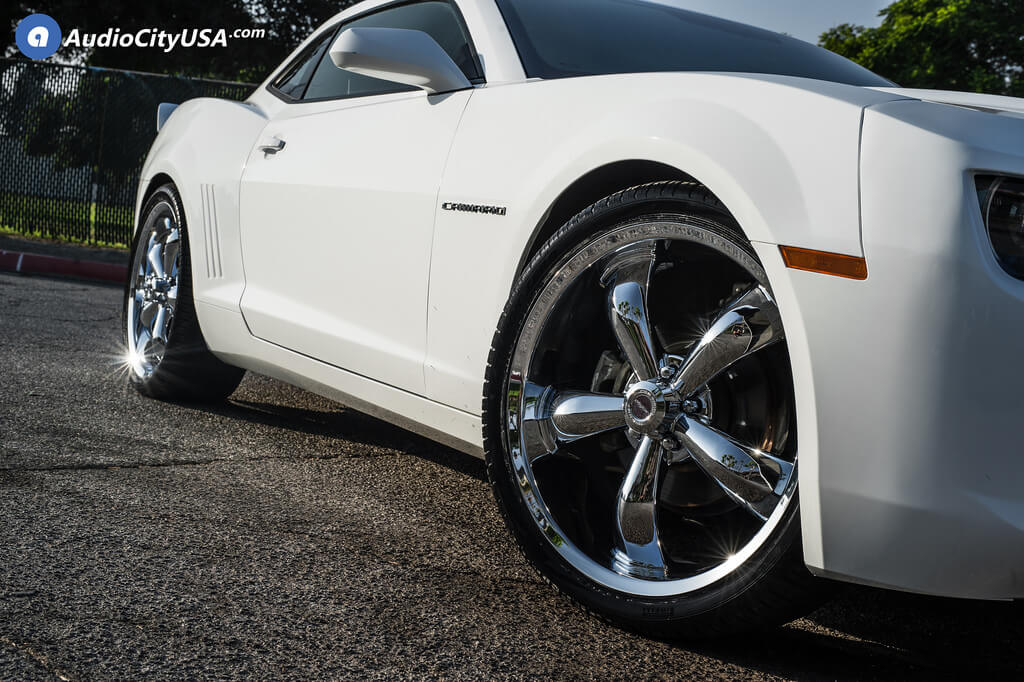 22″ Staggered Vision Wheels