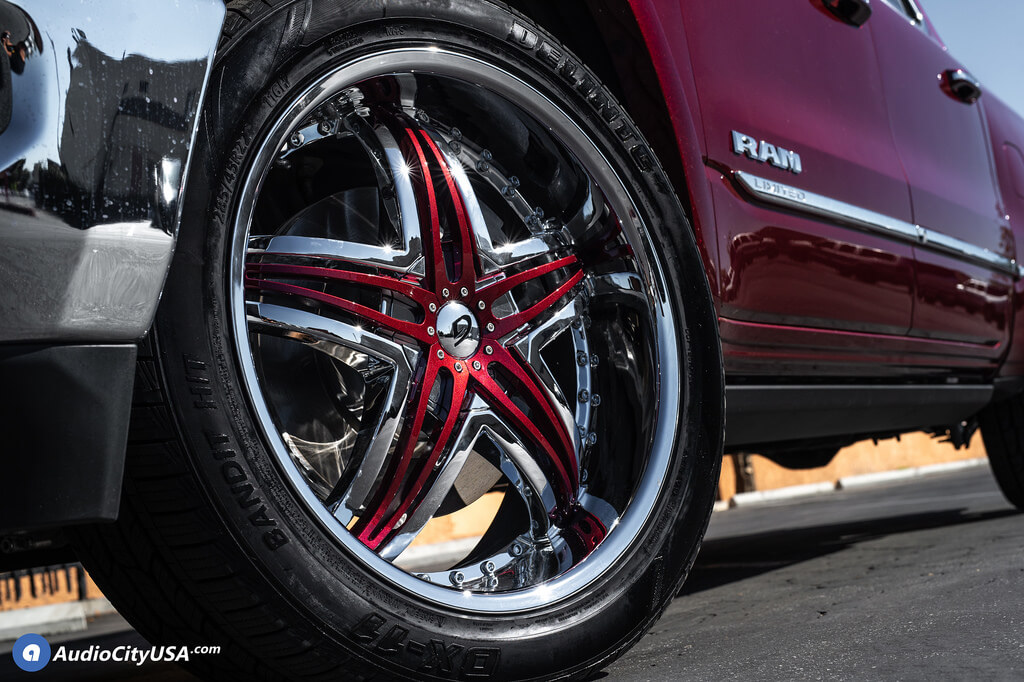 "22"" Gianna Wheels Blitz Chrome with Custom Color Inserts Rims"