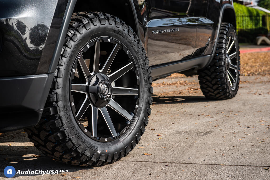 "20"" Fuel Wheels D616 Contra Matte Black Milled Off-Road Rims"