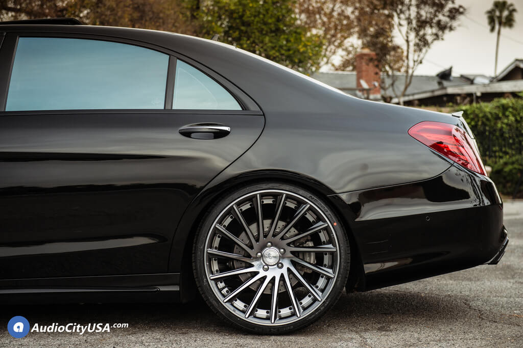 22 Staggered Road Force Wheels