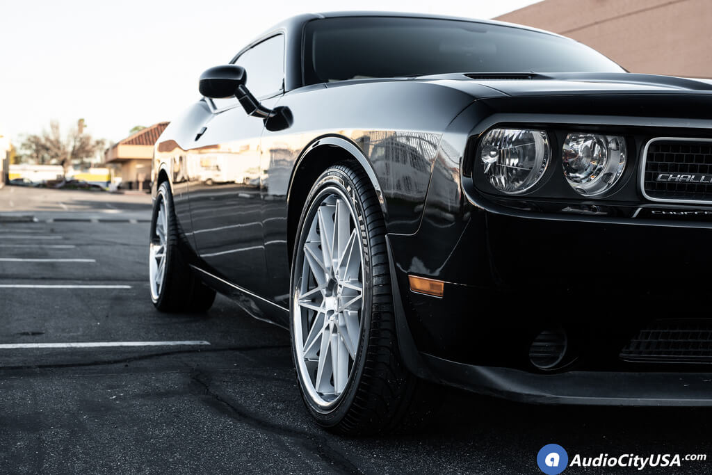 """22"""" Staggered AZAD Wheels AZ 41 Silver Machined with Chrome Lip Rims"""