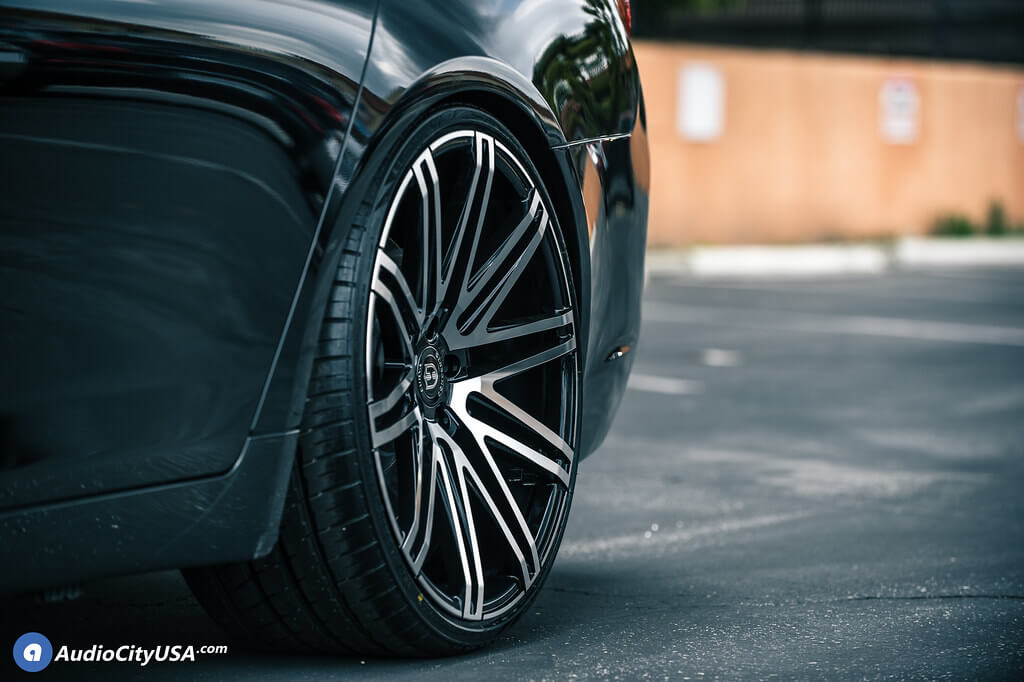 "22"" Staggered Curva Wheels"