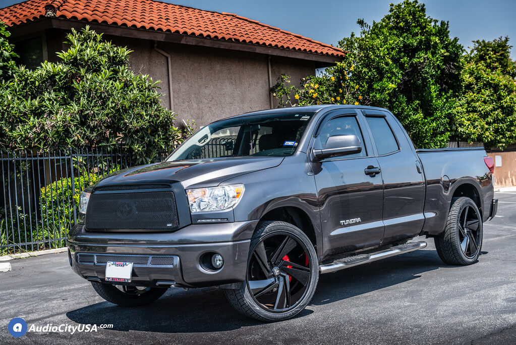 "24"" DUB Fade S247 Gloss Black Rims with Lionhart Tires Audio City USA"