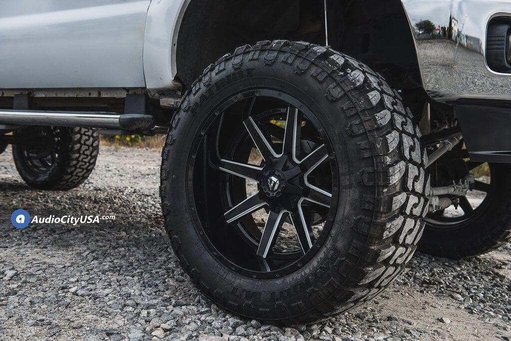 "24"" Fuel Wheels D262 Maverick Black Milled Two Piece Off-Road Rims"