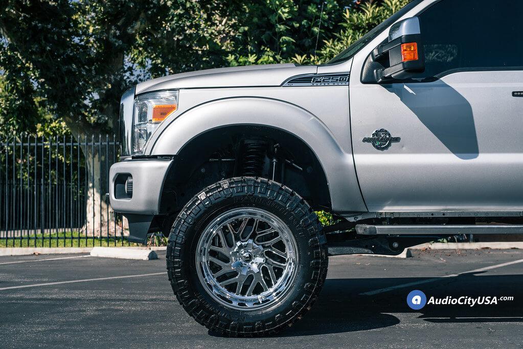 "22"" Fuel Wheels D609 Triton Chrome Off-Road Rims"