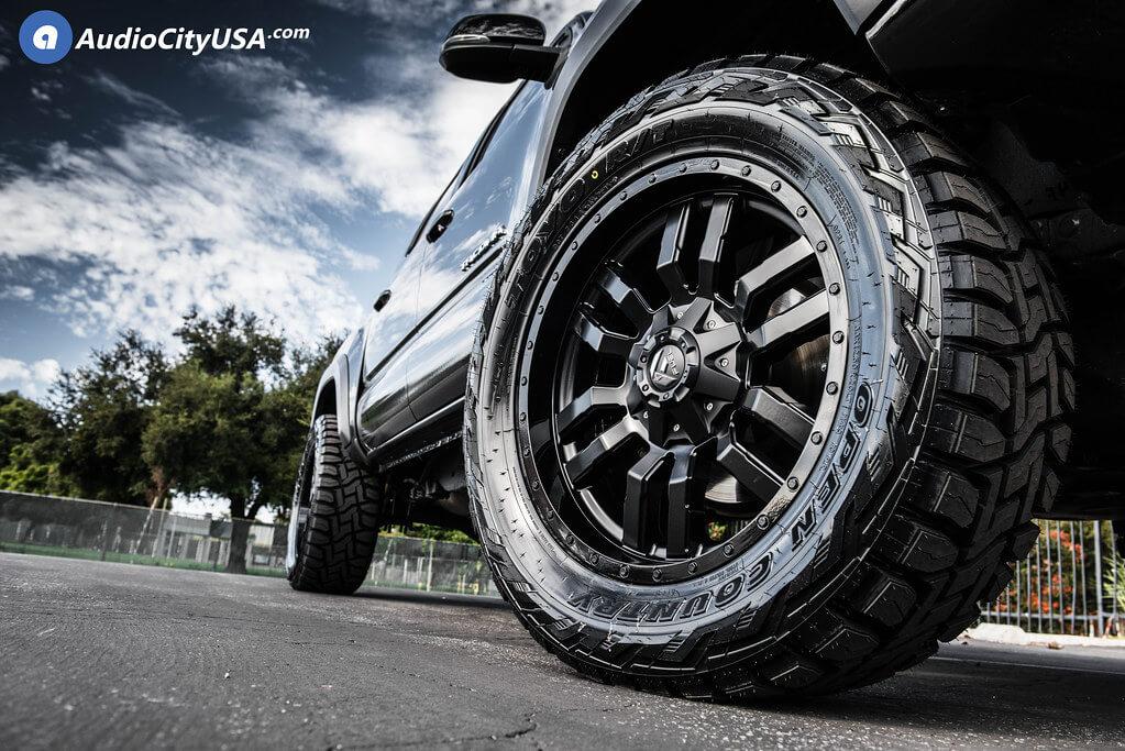 """20"""" Fuel Wheels D596 Sledge Matte Black"""