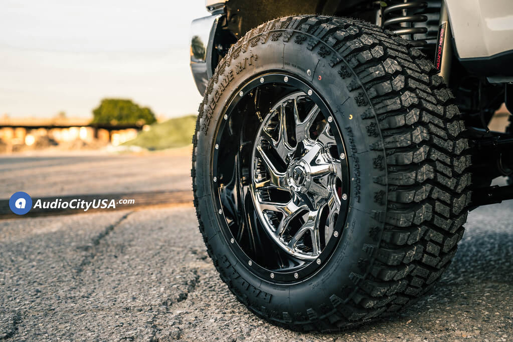 """22"""" Fuel Wheels D211 Triton Chrome Face with Gloss Black Lip Two Piece Off-Road Rims"""