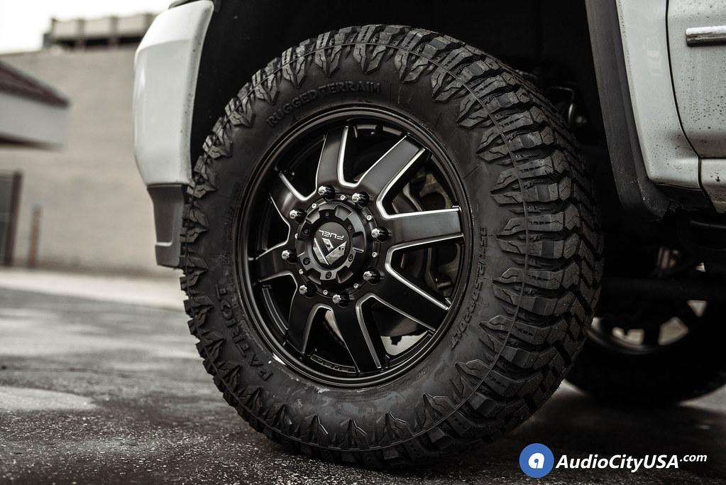 20″ Fuel Wheels D538