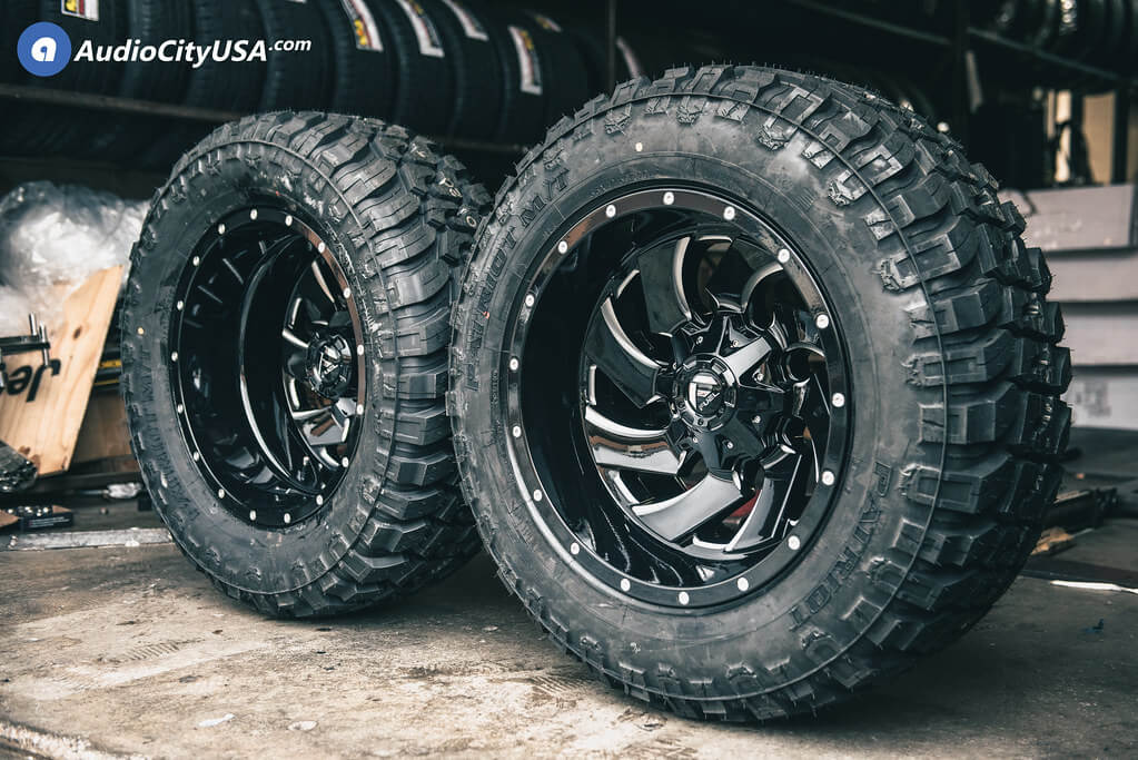 20″ Fuel Wheels D574 Cleaver Dually
