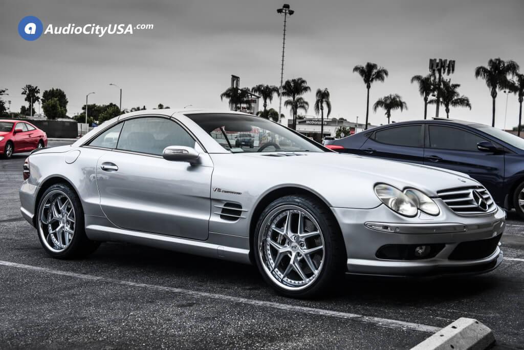 "20"" Niche Wheels M225 Silver with Chrome Lip"