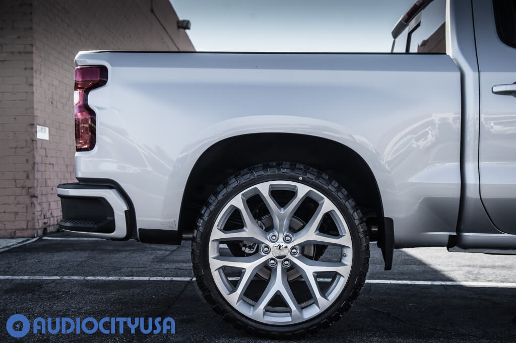 "26"" Chevrolet Snowflake Wheels FR 59 Silver Machined OEM Replica"