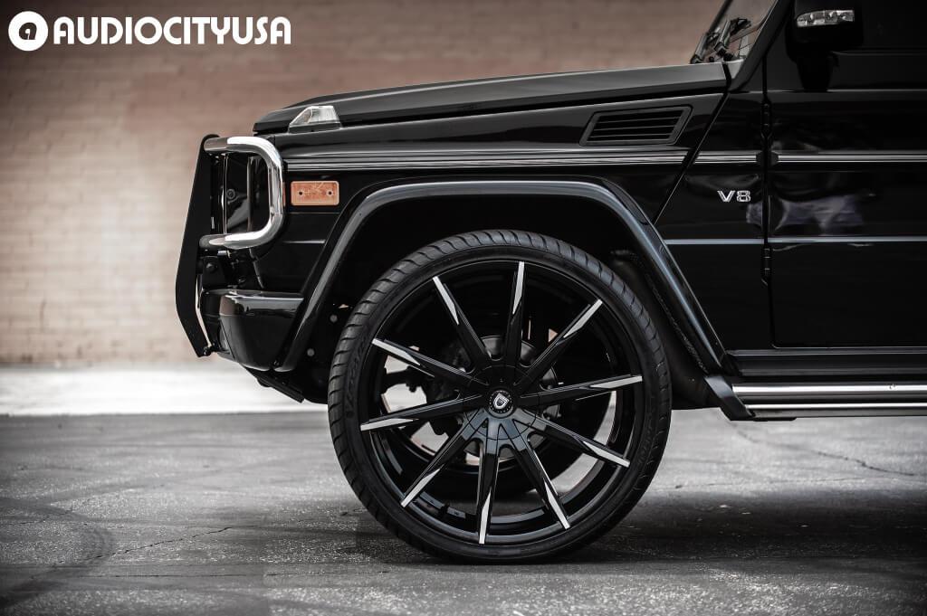"26"" Lexani Wheels CSS-15 Gloss Black with Machined Tips"