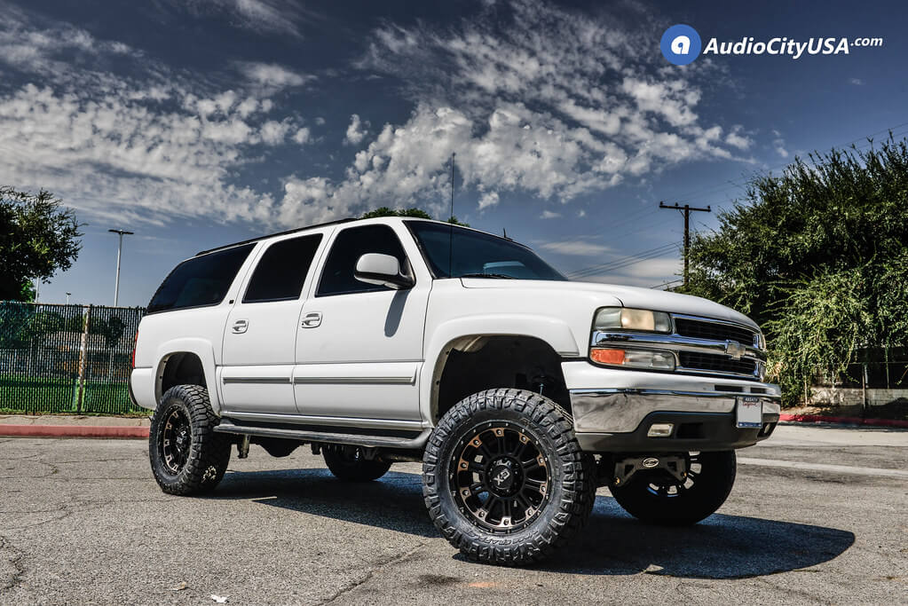 "2003 Chevrolet Suburban 20x9"" Wheels+Tires+Suspension Package Deal"