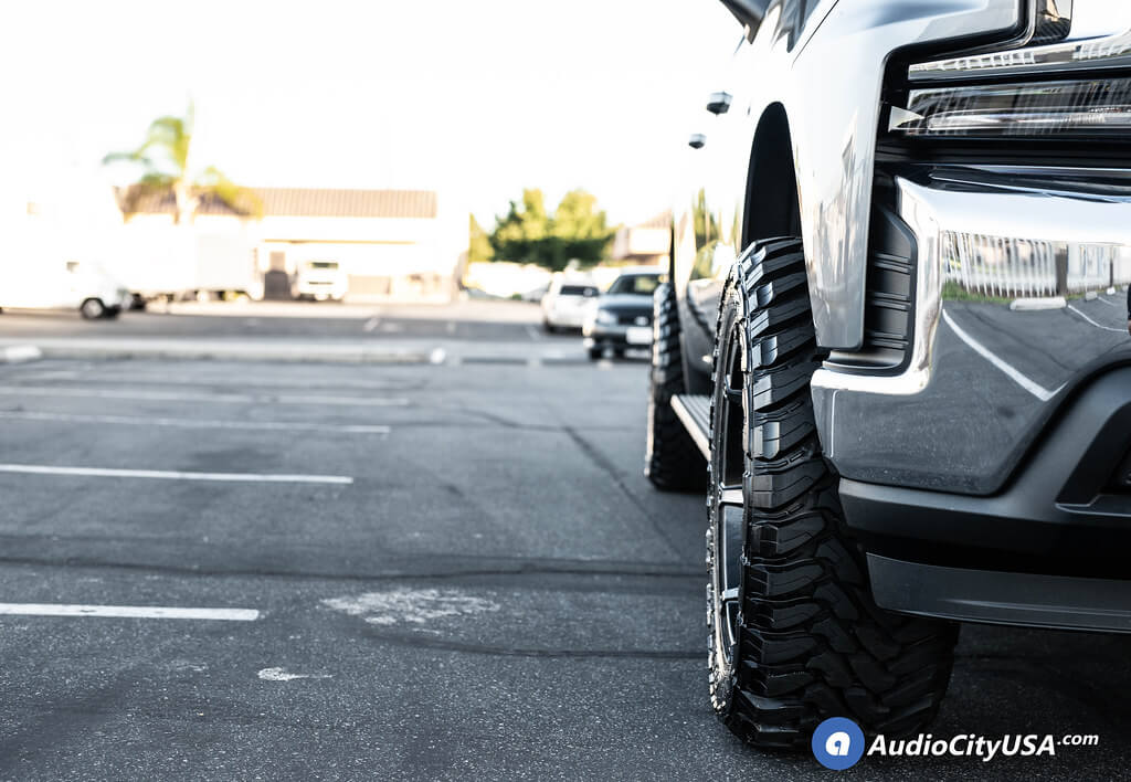 """2019 Chevrolet Silverado 1500 20x10"""" Wheels+Tires+Suspension Package Deal"""