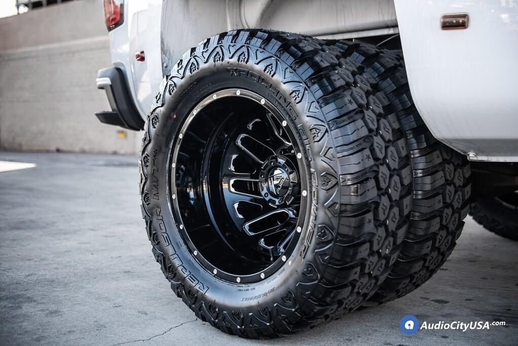2019 GMC Sierra 3500 Dually Wheels+Tires+Suspension Package Deal