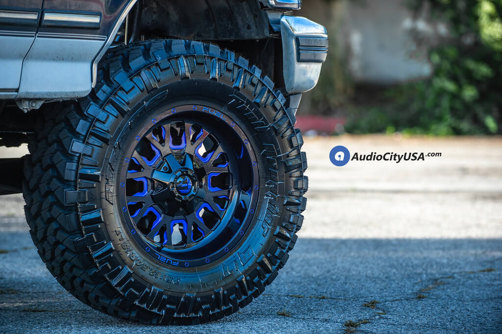 "2018 Chevy Silverado >> 20"" Fuel Wheels D645 Stroke Gloss Black with Candy Blue ..."