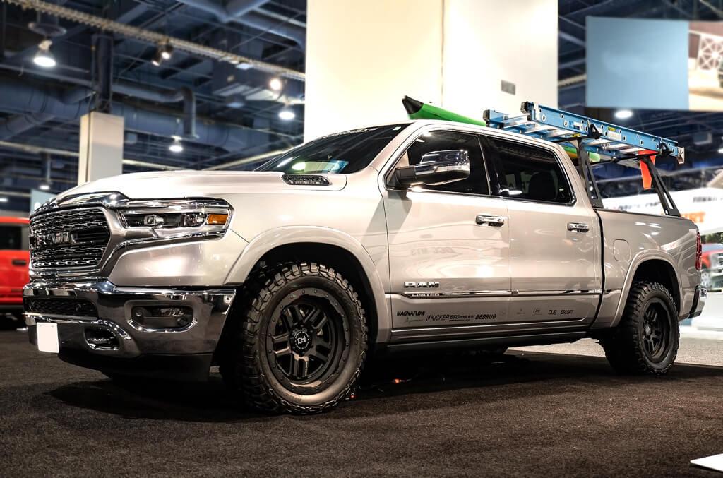 "Dodge Lift Kits >> 17"" Black Rhino Wheels Barstow Textured Matte Black Off-Road Rims #BRO012-1"